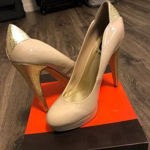 Guess Heels 8.5